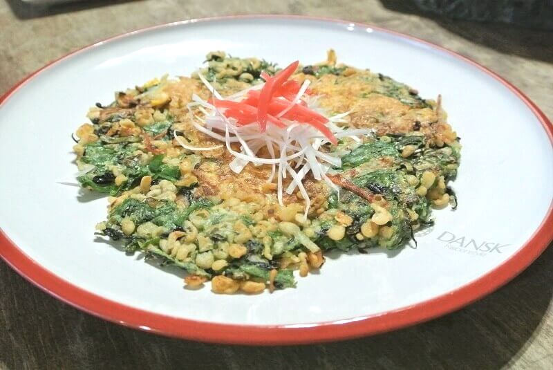 chijimi-green-onion-serve-on-plate-1
