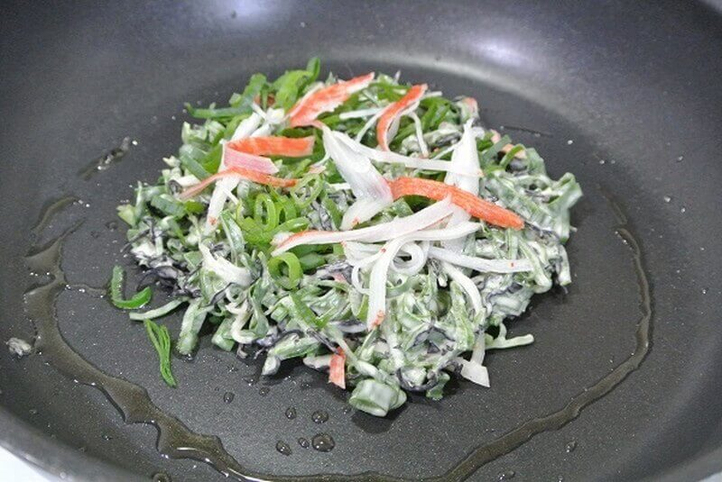 chijimi-leek-cooking-3