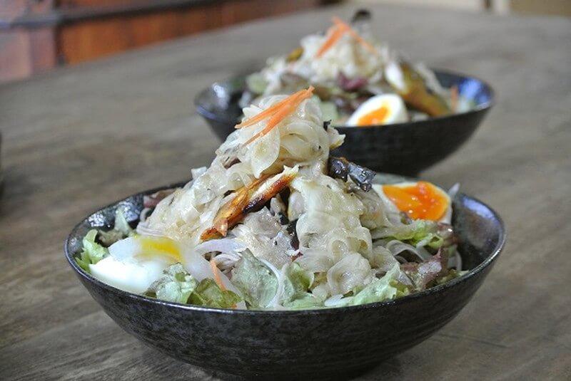 grilled-salt-mackerel-salad-recipe-1