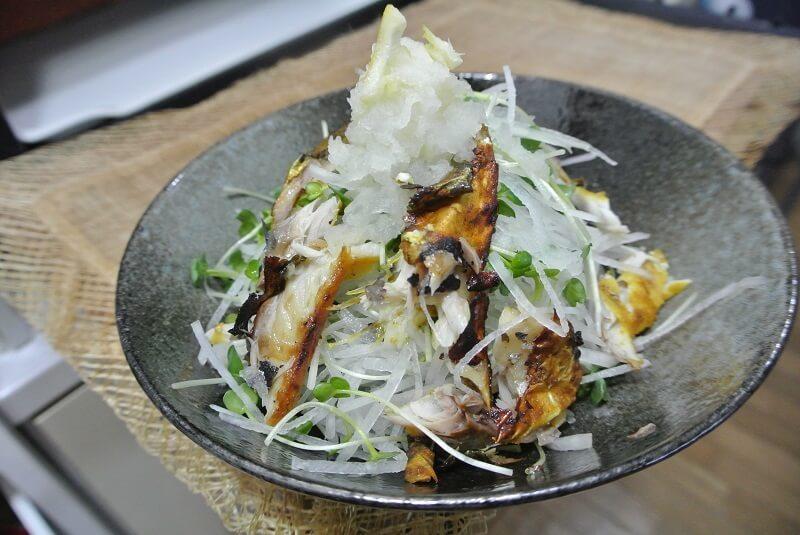 grilled-salt-mackerel-salad-recipe-3